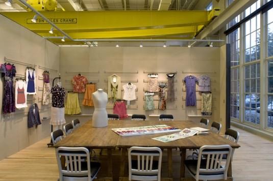 Meyer Scherer & Rockcastle- Urban Outfitters Headquarters